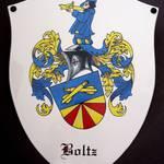 Wappenschild mit Familienwappen, formgeschnitten