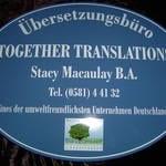 Firmenschild für Übersetzungsbüro