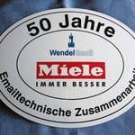 Logoschild zum Jubiläum