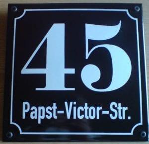 Variante Papst-Victor-Str. 48